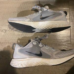 Nike React Gray Size 9.5